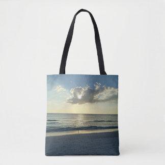 Lever de soleil au-dessus de l'océan sac