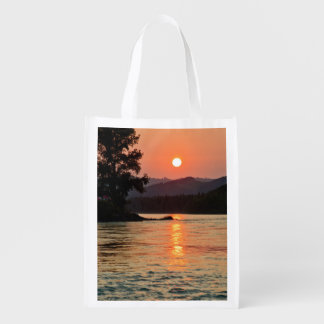 Lever de soleil au-dessus de rivière de Katun Sacs D'épicerie Réutilisables