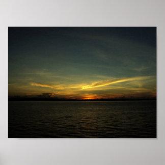 Lever de soleil au port dans Bicol, affiche de Poster
