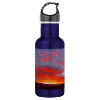 Lever de soleil dans les montagnes de la bouteille