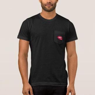Lèvres chaudes - pièce en t foncée t-shirt