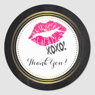 Lèvres roses sexy de Kissy avec le xoxo ! Merci Sticker Rond