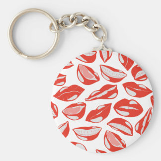Lèvres rouges prêtes à embrasser porte-clé rond