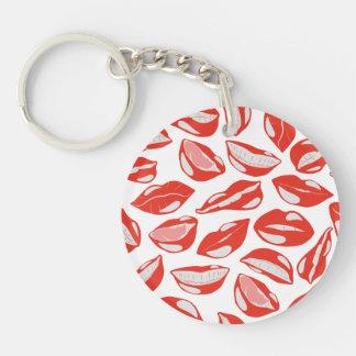 Lèvres rouges prêtes à embrasser porte-clé rond en acrylique une face