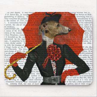 Lévrier élégant et parapluie rouge 2 tapis de souris