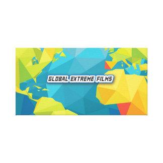 L'extrémité globale filme la bannière de toile (le