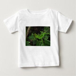 Lézard vert d'Amazonas T-shirt Pour Bébé
