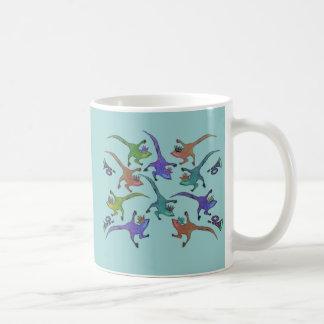 Lézards sautant la tasse