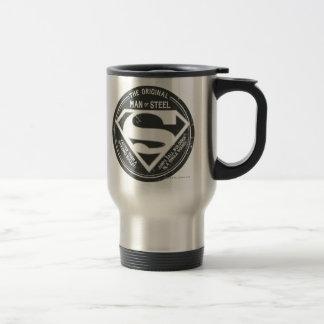 L'homme original de l'acier mug de voyage