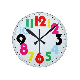 l'horloge murale de l'enfant coloré horloge ronde