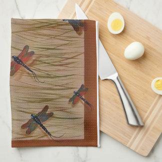 """libellules """"dansant serviette dans marais"""" linge de cuisine"""