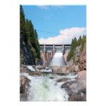 Libération d'eau de barrage
