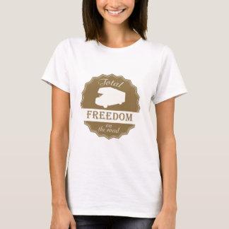 Liberté totale sur la rétro goupille de route t-shirt