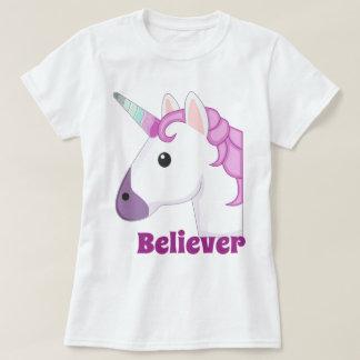 Licorne d'emoji de croyant t-shirt