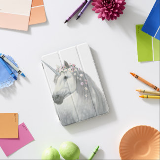 Licorne d'esprit avec des fleurs dans la crinière protection iPad mini