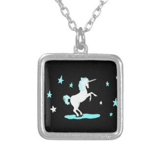 Licorne et étoiles collier