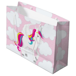 Licorne mignonne dans le sac de partie de nuages