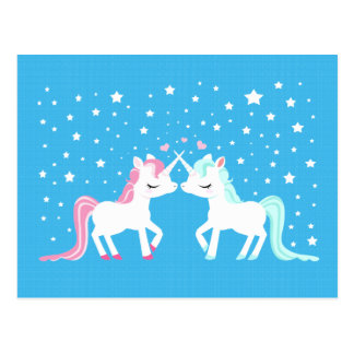 Licornes en carte postale d'amour