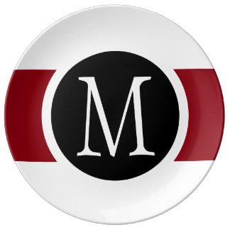 Ligne noire, blanche et rouge élégamment élégante assiette en porcelaine