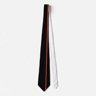 Ligne verticale mince rouge de CG. sur le noir Cravates