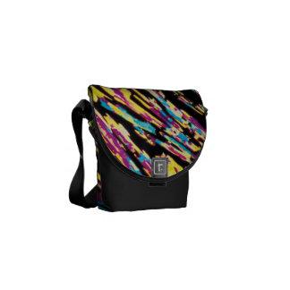 Lignes d'éraflure colorées artistiques mini sac me sacoches