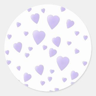 Lilas léger et modèle blanc de coeurs d'amour sticker rond