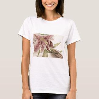 Lilly. en pastel t-shirt