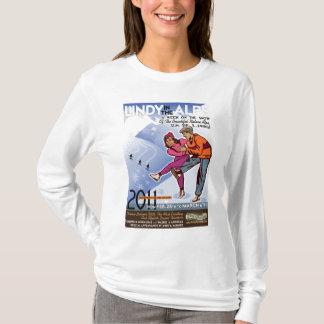 Lindy dans le T-shirt d'Alpes
