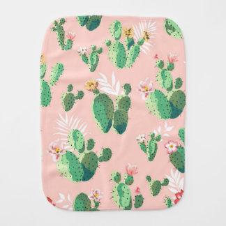 Linge de bébé de cactus