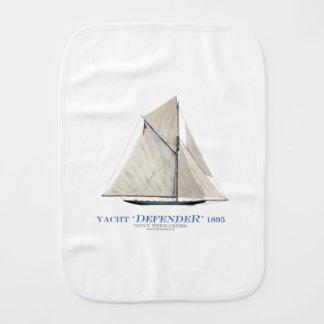 Linge De Bébé défenseur 1895 de yacht