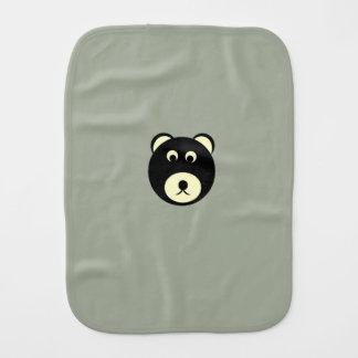 Linge de bébé d'ours