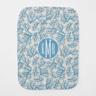 Linge De Bébé Monogramme de corail bleu du motif |
