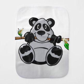 Linge De Bébé Panda mignon de bébé mangeant le bambou