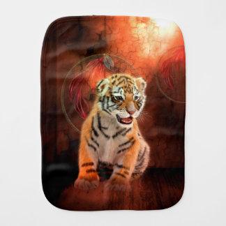 Linge De Bébé Petit bébé mignon de tigre