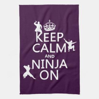 Linge De Cuisine Gardez le calme et le Ninja sur (dans toute