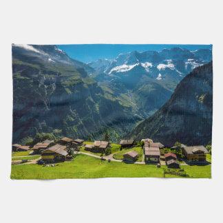 Linge De Cuisine Gimmelwald dans les Alpes suisses - Suisse