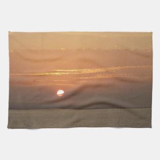Linge De Cuisine Lever de soleil au-dessus de paysage marin d'Aruba