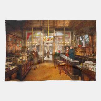 Linge De Cuisine Pharmacie - la pharmacie 1910 de Congdon