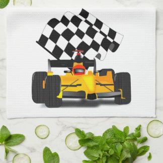 Linge De Cuisine Voiture de course jaune avec le drapeau Checkered