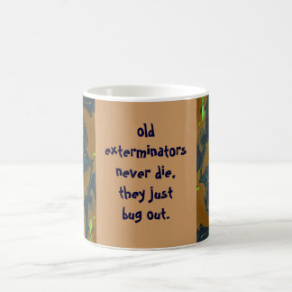 l'insecte d'exterminateurs plaisantent mug