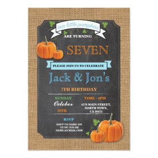 L'invitation de tout d'âge de jumeaux citrouille carton d'invitation  12,7 cm x 17,78 cm
