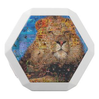 lion - collage de lion - mosaïque de lion - lion haut-parleurs blancs sans-fils