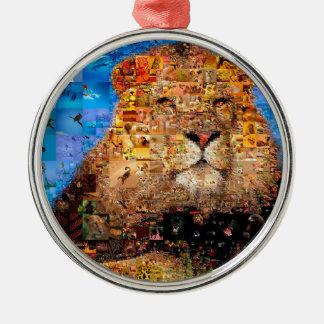lion - collage de lion - mosaïque de lion - lion ornement rond argenté
