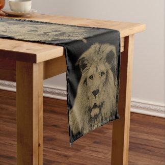 Lion de sépia chemin de table court