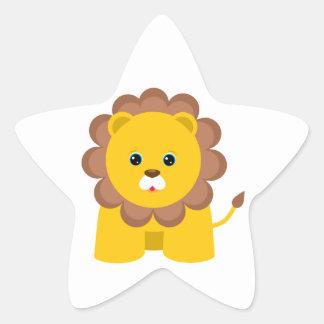Lion mignon de bébé sticker en étoile