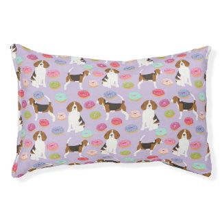 Lit de chien de beignet de beagle - motif mignon
