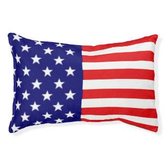 Lit de chien de drapeau américain