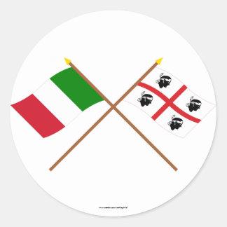 L'Italie et les drapeaux croisés par Sardegna Sticker Rond