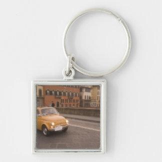 L'Italie, Florence. Fiat 800 croix l'Arno de rasse Porte-clé Carré Argenté