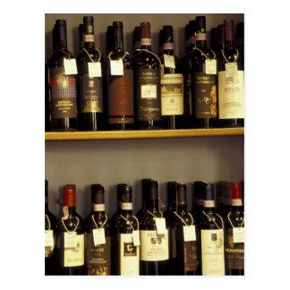 L'Italie, Toscane, affichage de vin de Pienza dans Carte Postale